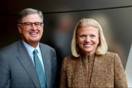 "<strong> </strong></div>			<div class=""article_legende_texte"">Sam Palmisano et Virginia Rometty</div>"